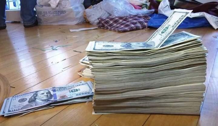 Стопка американских денег