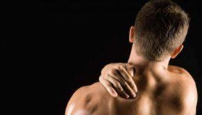 Массаж плечей и шеи