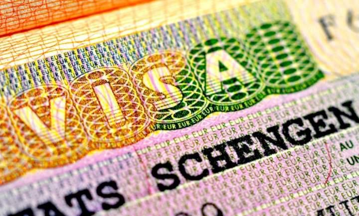 будем говорить скорее о наиболее типичных условиях получения визы