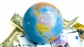 Земной шар на деньгах