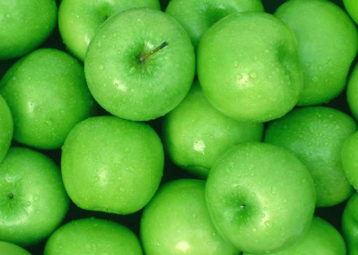 В яблоках содержится большое количество клетчатки