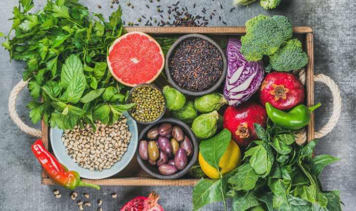 Отдайте предпочтение, как и на завтрак, белковой пище