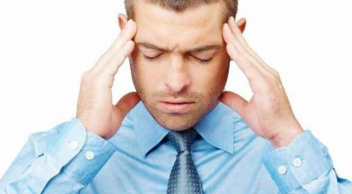 Женщины на 40% чаще обращаются за помощью при возникновении болевых ощущений при остеопорозе.