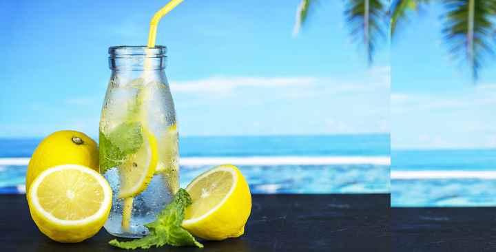 Все адепты здорового питания рекомендуют пить воду с лимоном натощак по утрам