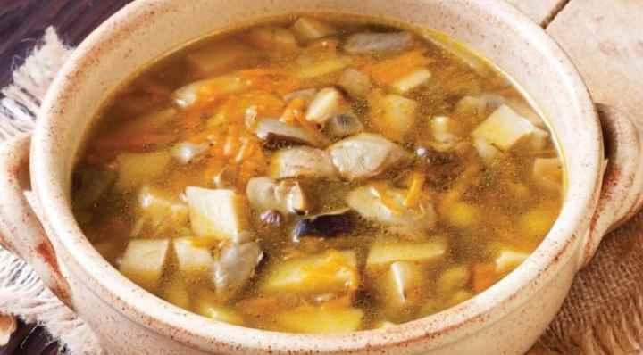 Суп из свежих белых грибов с манкой