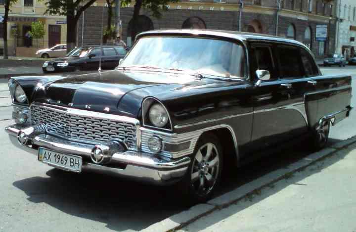 За период с 1959 по 1981 год в Советском союзе было собрано чуть больше 3000 таких машин