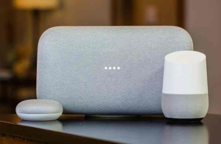 Колонка работает на базе голосового помощника Google Assistant