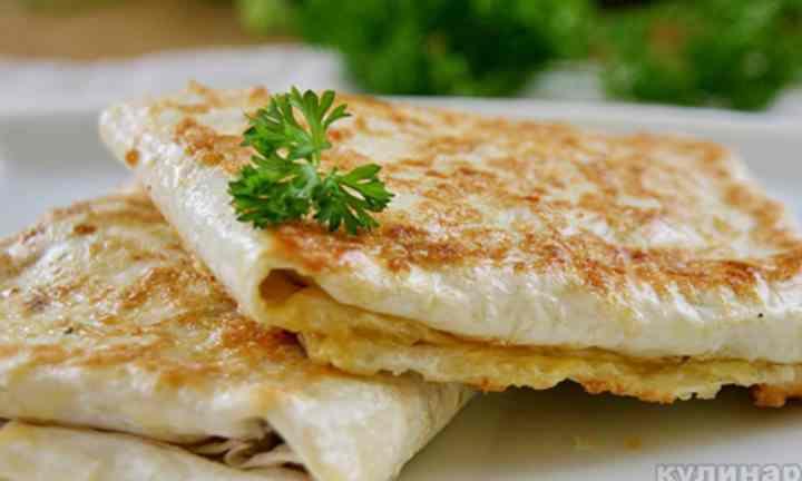 вкуснейшее блюда с грибами и мясом курицы готовятся всего несколько минут
