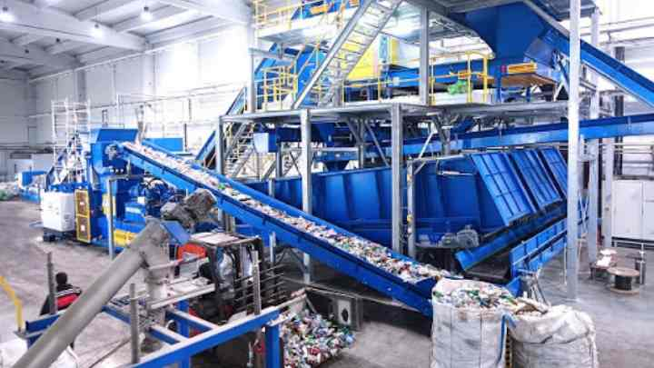 Из чего состоит линия по переработке пластиковых отходов