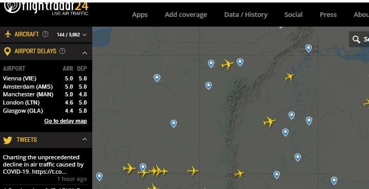 сайт, который в реальном времени показывает количество и передвижение самолетов
