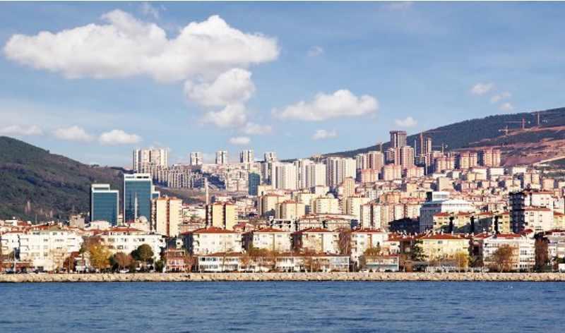 приобретение жилья в таких странах, как Великобритания, Кипр