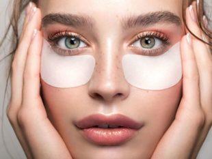 - железодефицитная анемия – кожа становится сухой, в случае нехватки в организме железа;
